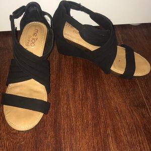 Me Too Soho comfort platform sandal size 6M